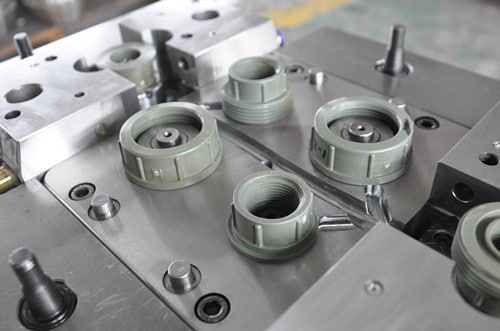 pipe-fitting-mould